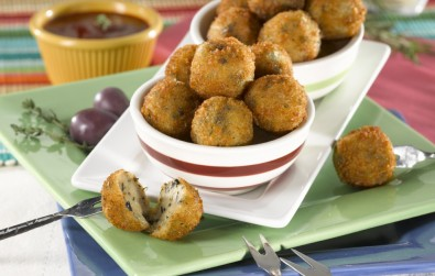 Holiday Foods Conch Fritters